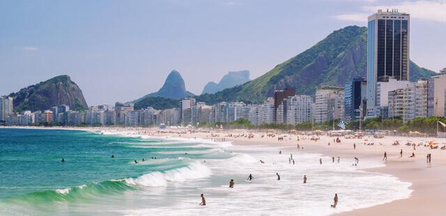 Praia de Copacabana, a melhor praia do rio de janeiro